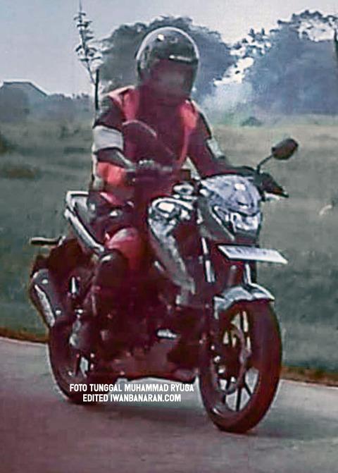 Suzuki-Bandit-150-6