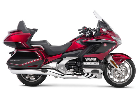 19_Honda_Gold_Wing_Tour_Airbag_DCT_RHP_Candy_Ardent_Red_Black