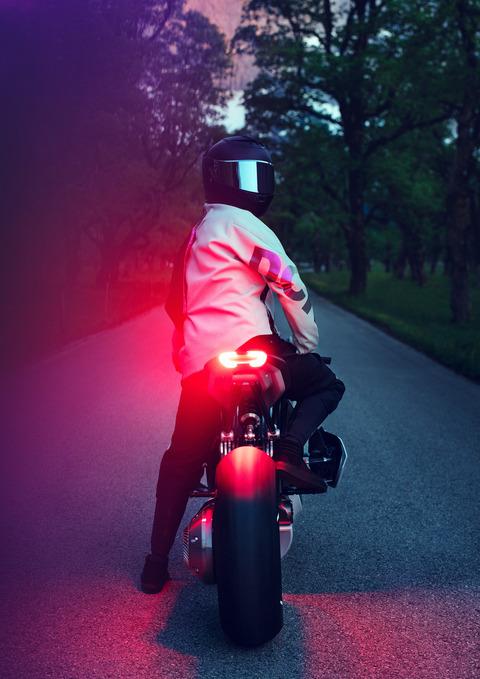 P90354712_highRes_bmw-motorrad-vision-