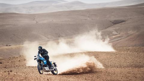 2020-Yamaha-XTZ700SP-EU-Sky_Blue-Action-008-03