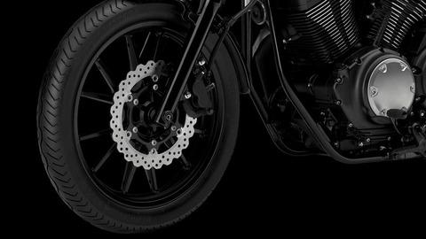 2017-Yamaha-XV950R-EU-Tech-Graphite-Detail-005