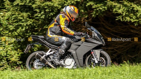 2021-ktm-rc-390-spy-shots (1)
