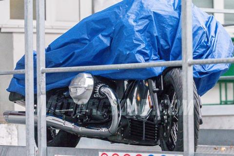 101019-2020-BMW-R1800-C-004-1