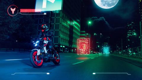 2020-Yamaha-MT125-EU-Ice_Fluo-Action-008-03