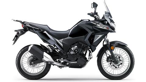 versysx300-black-02