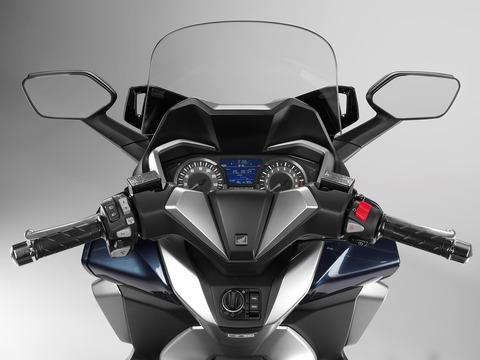 127265_Honda-Forza-300