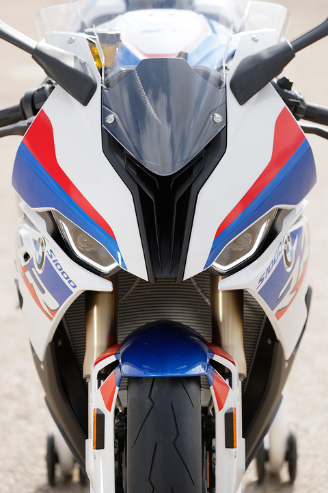 P90327389_highRes_bmw-s-1000-rr-new-sp