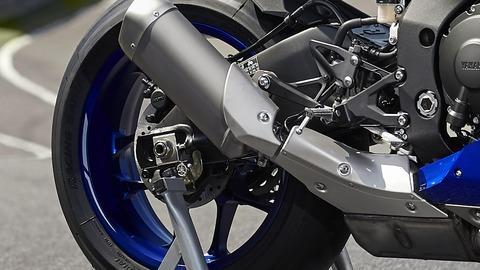 2020-Yamaha-YZF1000R1-EU-Yamaha_Blue-Detail-002-03