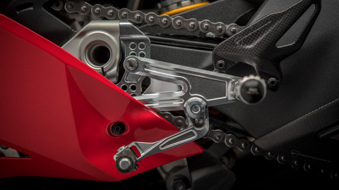 Panigale-1409-MY18-02-Slider-Gallery-1920x1080