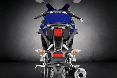 2019-Yamaha-YZF-R125-EU-Yamaha_Blue-Detail-002
